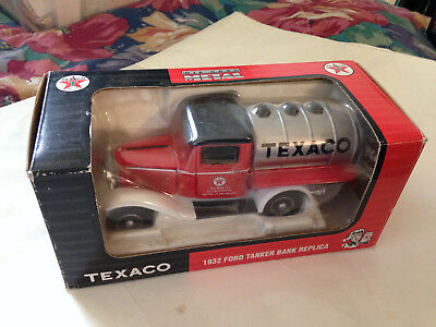 Texaco 1932 ford tanker Diecast Coin Bank in box vintage