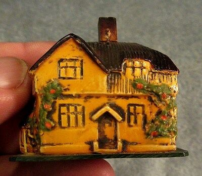 Vintage Plastic Or Celluloid Country Home Cloth Tape Measure