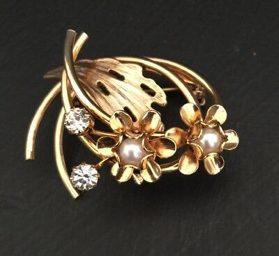 """Vintage Brooch Pin Goldtone with Faux Pearls 1 1/2""""h Pretty Shape"""