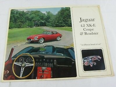 Original JAGUAR XK-E 4.2 Coupe roadster Sales Brochure Color A different breed