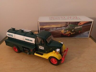 1985 FIRST HESS TRUCK TOY BANK W/ORIGINAL BOX AND A bonus bag