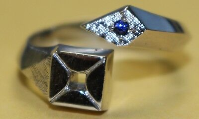 ARCO - Anniversary Ring w/gemstone - Sterling Silver - RARE! - SIZE 11?
