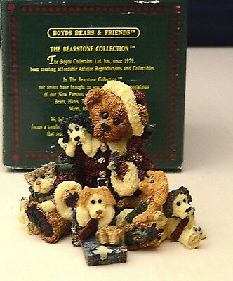 Boyds Bears & Friends   1998,  Collection  Christmas Gift