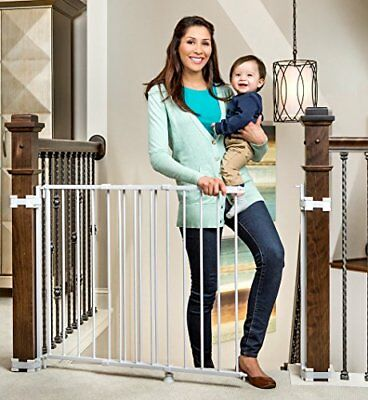Regalo 2-In-1 Stairway and Hallway Baby Gate, Includes Banister and Wall Kits