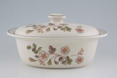 Marks & Spencer - Autumn Leaves - Casserole Dish + Lid - 208481Y