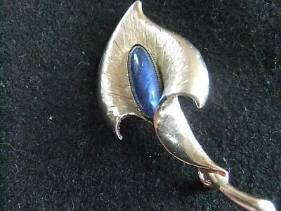 7Cm X 3 Cm Vintage Silver Tone Calla Lily Brooch Set With Real Butterfly Wing