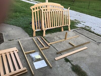 Baby Crib/daybed