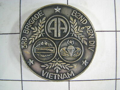 Challenge Coin  US Army 3RD Brigade 82nd Airborne Division Vietnam Named White