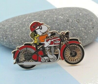 snoopy  on motorcycle pin British Motorcycle Company WOODSTOCK red tank