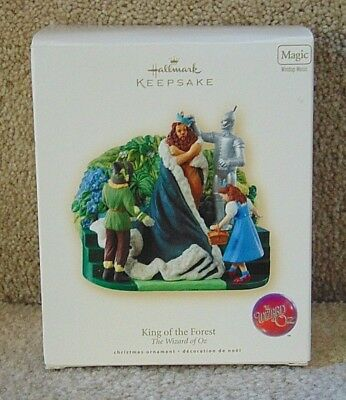 Hallmark: KING OF THE FOREST - The Wizard Of Oz - Magic (Windup)- Dated 2007