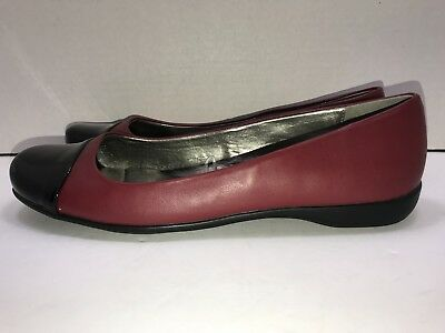 a20e32d1501 unisa womens flats shoes size 8 1 2M slip on red black round toe comfort