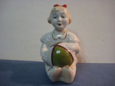 Antique USSR russian porcelain figurine Russian girl child with ball 7547e