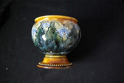 Vintage Royal Doulton vase in beautiful colours. A striking centrepiece