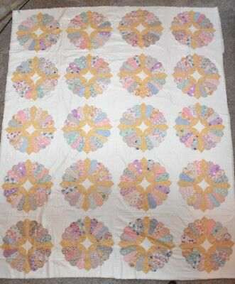 """Vintage 1930s & 1940s Fancy Dresden Plate Quilt w/ Scalloped Edge 78"""" x 96"""""""