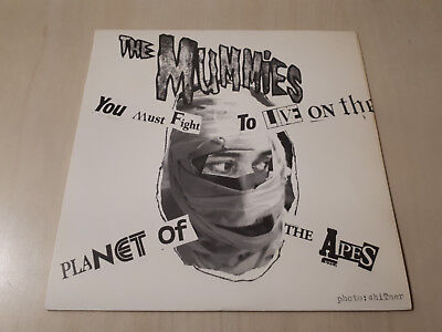 """The Mummies - You Must Fight To Live On The Planet Of The Apes (Vinyl 7"""" Single)"""