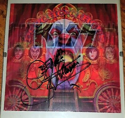 Gene Simmons KISS Signed Psycho Circus CD Booklet, w/proof