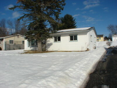 Wonderful 3 Bedroom Ranch Style House Home Built in 1962
