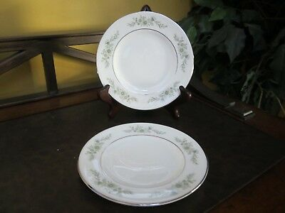 Wedgwood England Westbury Set of 2 Bread and Butter Plates