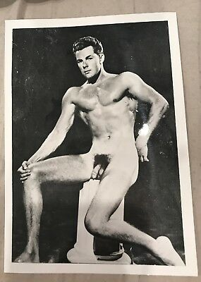 Vintage Nude Photos Male ~ Black and White 5x7 ~ Muscle Man ~ Gay Interest
