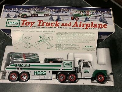 Hess 2002 Toy 18 Wheeler Truck & Airplane Battery Operated Real Head Lights