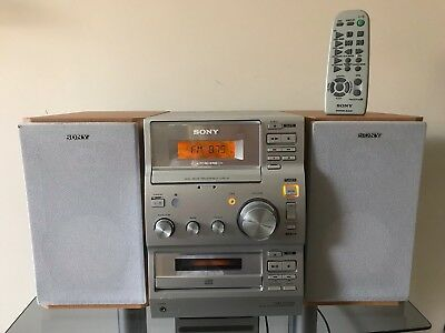 Sony CMT CP100 Micro Hi-Fi Stereo System with CD, Tape Player & Radio