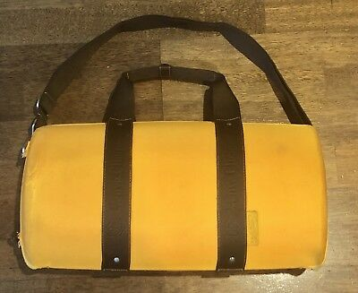 Veuve Cliquot Champagne Wine Traveller Case Carry Bag Box Picnic Basket