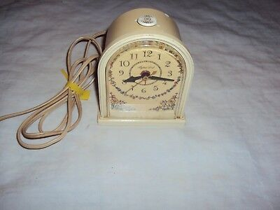 Vintage General Electric Alarm Clock With Lighted Dial