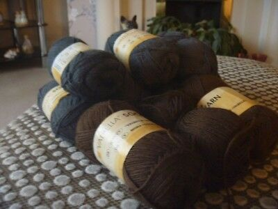 10 x 50gms of sock wool grey and brown