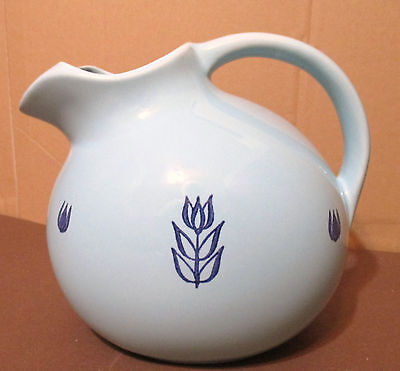 Vintage Cronin 1950-60's Tulip Lt.Blue Ice Lip Ball Shape Pitcher- 64oz -VGUC