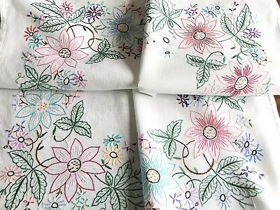 VINTAGE HAND EMBROIDERED  WHITE LINEN TABLECLOTH 41x42 Inches