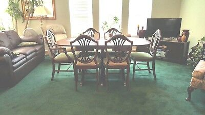 Vintage Duncan Phyfe Style Mahogany Drop Leaf Table and 6 Chairs