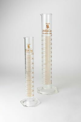 Glass Graduated Cylinder