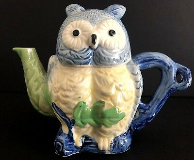 """Vintage Ceramic Owl Teapot Made In Japan 7"""" Tall"""