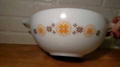 Vintage Pyrex Cinderella Bowl #444  4Qt , Town And Country Design