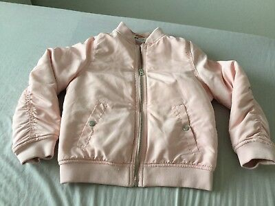 b35a10bf5 GREAT CONDITION GIRLS Jacket By H m Age 7-8 -  3.81