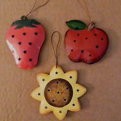 Reversible Country kitchen metal apple strawberry sunfower ornament fruit sign