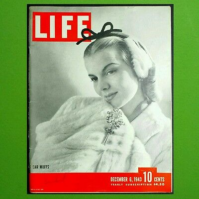 LIFE MAGAZINE December 6 1943 ● WWII CARRIER BATTLE Gun Turrets SOLDIERS LETTERS