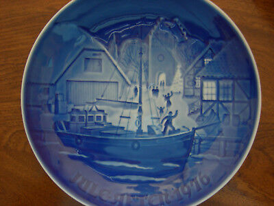 1976 Bing & Grondahl Plate -Jule Aften--Christmas Welcome - EXC