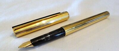 S. T. Dupont Classique Gold Plated Fountain Pen With 18K Solid Gold Size M Nib