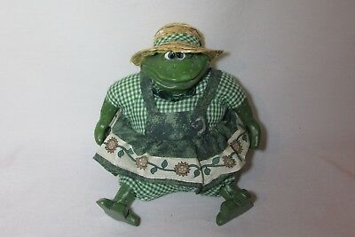 "Russ Country Folks Frog Figurine MRS GARDENHOPPER  5"" Garden Girl Beanbag"
