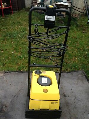 Karcher Br400 Industrial Hard Floor Scrubber Cleaner Drier Excellent Condition.