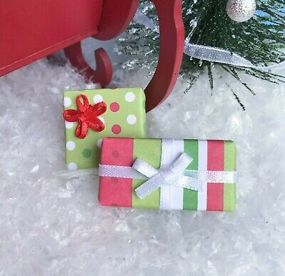 "Dollhouse Miniature Christmas Present #3 Holiday Gifts 1"" Scale 1:12 Accessory"
