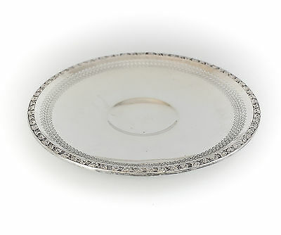"""American Sterling Silver 10.5"""" Pierced Hand Chased Footed Tray #7609/210. c1930"""