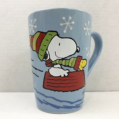 Hallmark Peanuts Snoopy Woodstock Sledding Holiday Winter Snowflake Mug Tea Cup