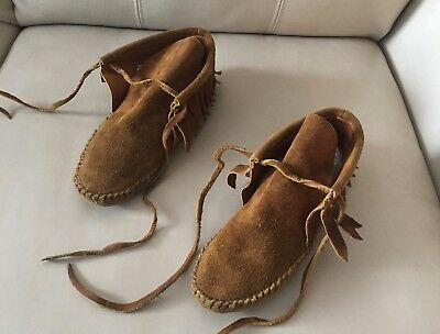 Vtg. Authentic Guilfair Brown Leather Fringed Moccasins Native American Indian