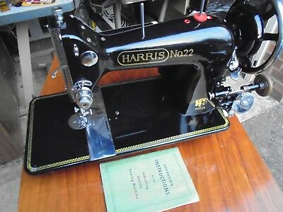 Electric Vibrating Shuttle Vintage Harris No.22 sewing machine