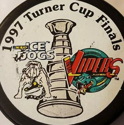 1997 TURNER CUP FINALS ICE DOGS VS VIPERS VINTAGE IHL HOCKEY PUCK made in CANADA