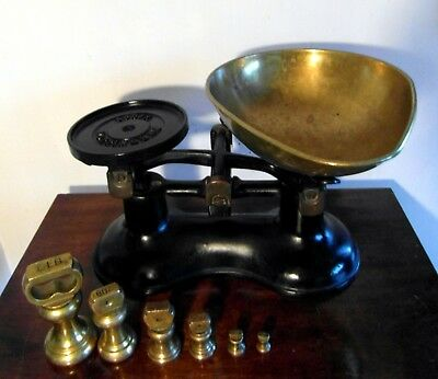 Cast Iron Kitchen Scales BOOTS NOTTINGHAM & 6 Imperial Brass Bell Weights