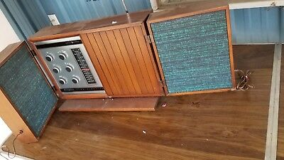 Vintage General Electric Stereophonic Tube T1000-C Table Radio GE Walnut Cherry