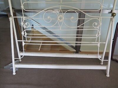 Antique Cast Iron & Brass Bed - Very pretty design - collect from ORMOND VIC